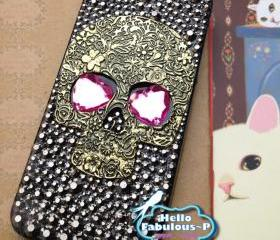 Studded Phone Case Skull iPhone 5 Case Crystals Studded iPhone 5 Case Pink Heart Eyes Steampunk Handmade Bling Phone Case Skull iphone Case