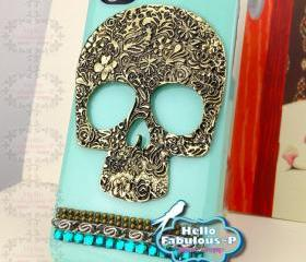 Skull iPhone 4 Case Skull iPhone Case Skull Punk Studded iPhone Case Studded iPhone 4s Case Bling iPhone Case Bling iPhone 4 Case Phone Case