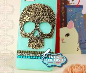 Skull iPhone 5 Case Skull iPhone Case Skull Punk Studded iPhone Case Bling iPhone Case Bling Cell Phone Case